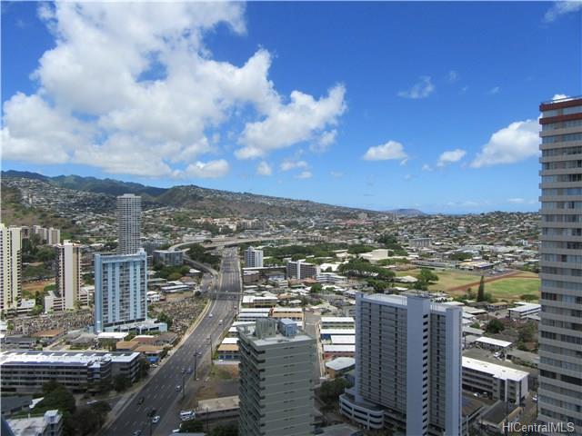 Iolani Court Plaza condo #3303, Honolulu, Hawaii - photo 1 of 20