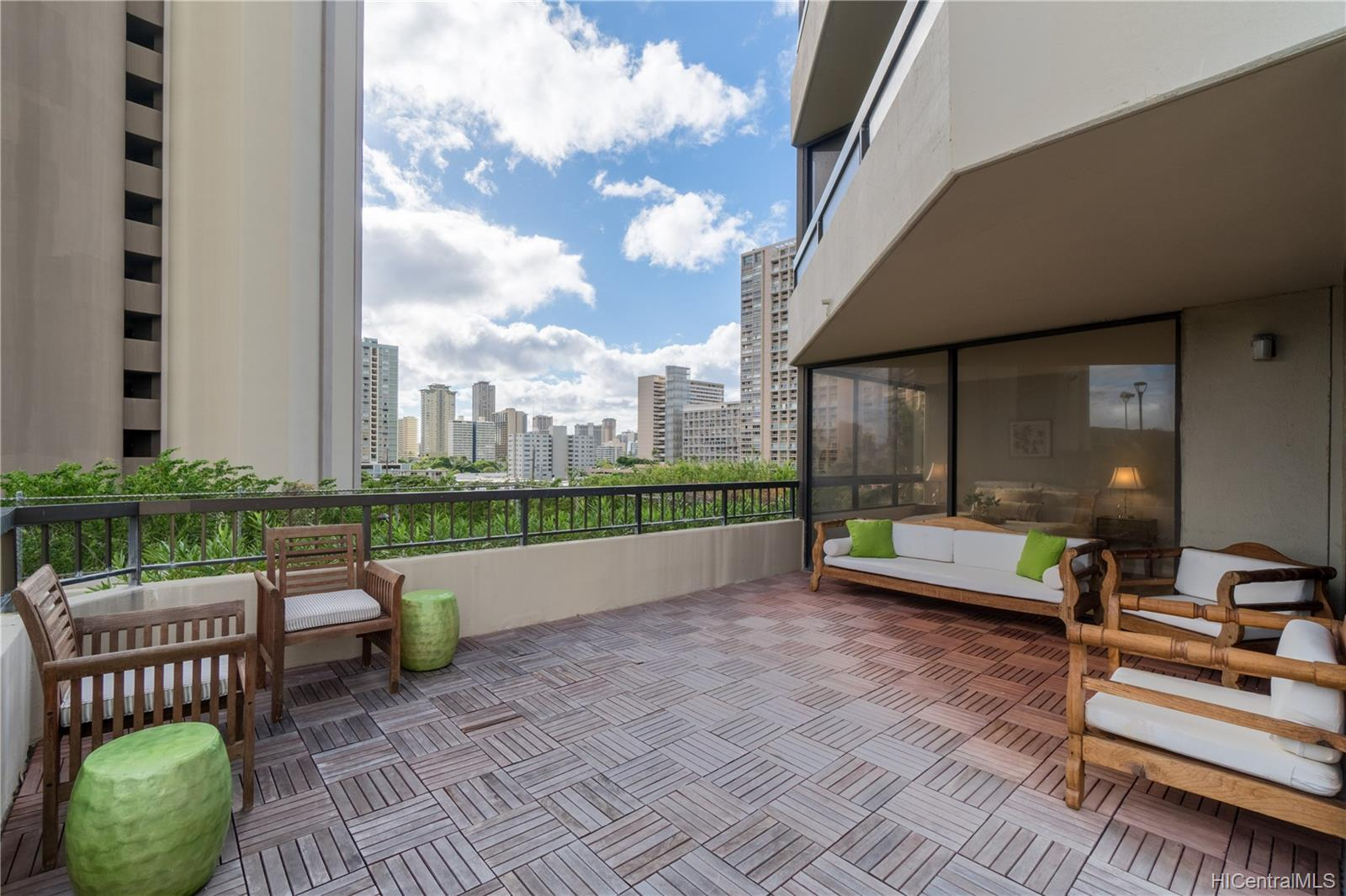Iolani Court Plaza condo # 509, Honolulu, Hawaii - photo 20 of 25