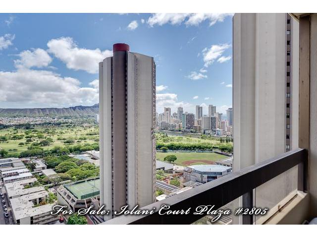Iolani Court Plaza condo #2805, Honolulu, Hawaii - photo 1 of 20
