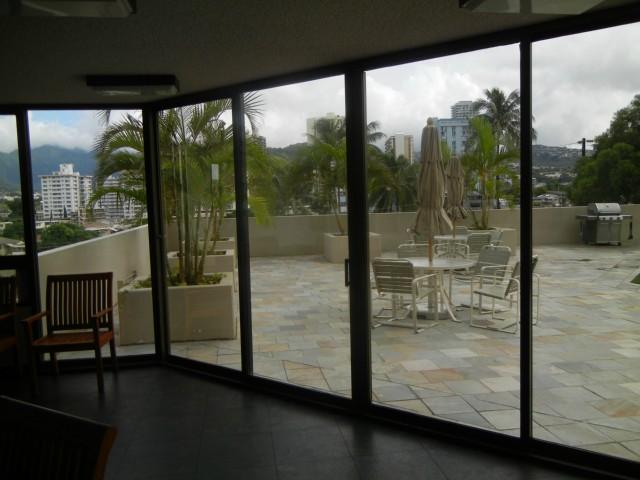 Iolani Court Plaza condo # 3700, Honolulu, Hawaii - photo 16 of 22