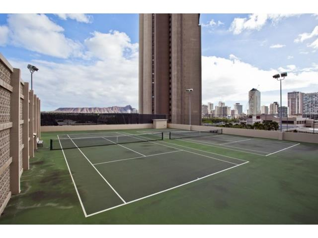 Iolani Court Plaza condo # 3802, Honolulu, Hawaii - photo 18 of 25