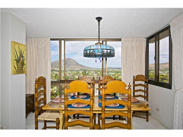 MT TERRACE condo # 4D, Honolulu, Hawaii - photo 2 of 16