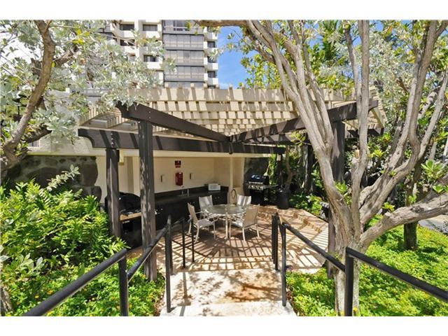 MT TERRACE condo # 4D, Honolulu, Hawaii - photo 14 of 16