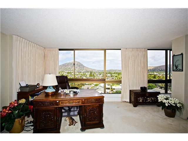 MT TERRACE condo # 4D, Honolulu, Hawaii - photo 4 of 16