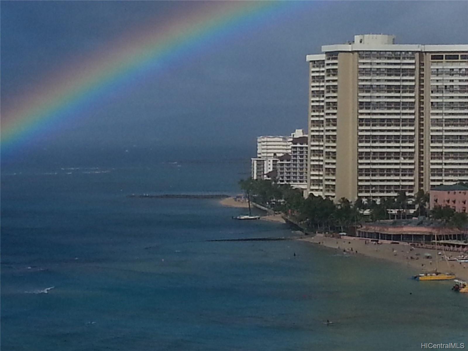 2500 Kalakaua Ave Honolulu - Rental - photo 17 of 25