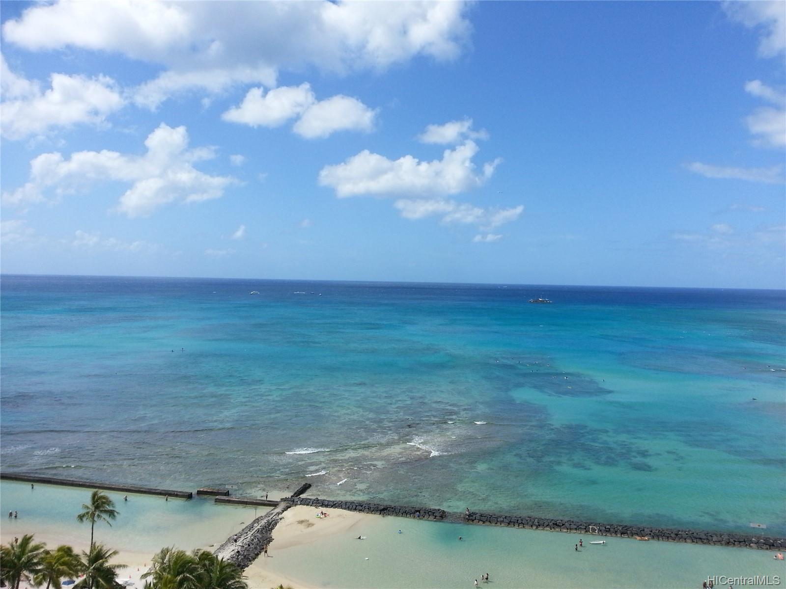 2500 Kalakaua Ave Honolulu - Rental - photo 4 of 25