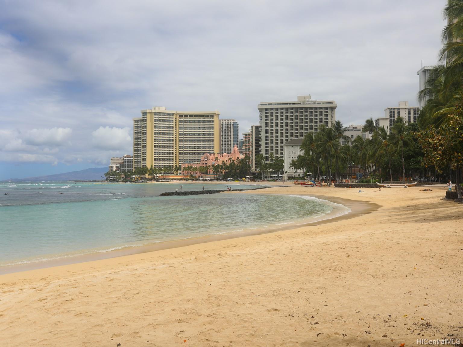 Foster Tower condo # 201, Honolulu, Hawaii - photo 2 of 19