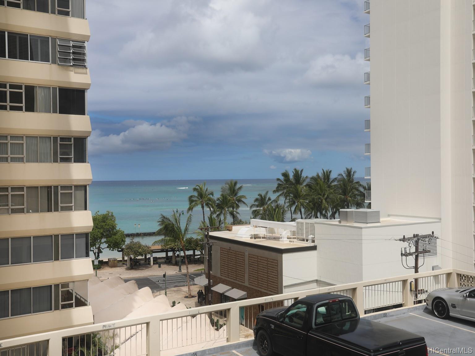 Foster Tower condo # 201, Honolulu, Hawaii - photo 4 of 19