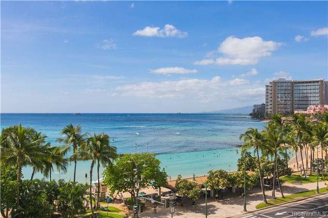 Foster Tower condo #601, Honolulu, Hawaii - photo 1 of 22
