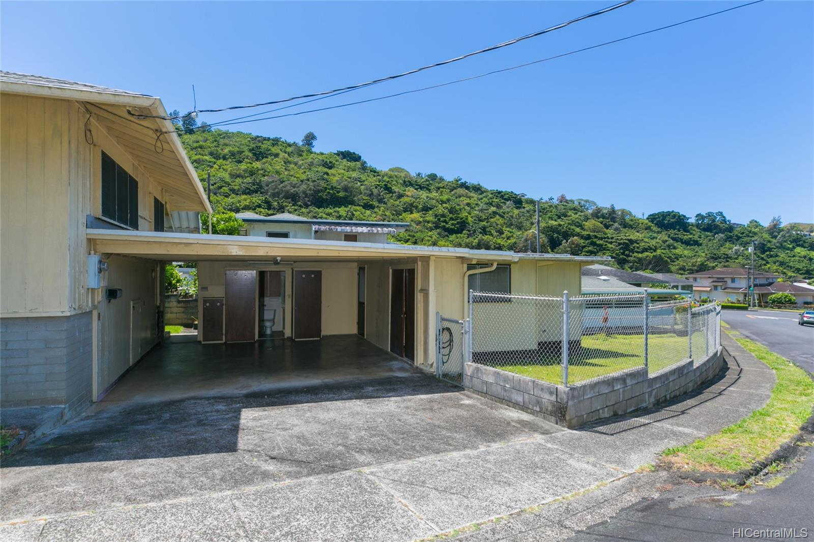 2537  Ahekolo Street Pauoa Valley, Honolulu home - photo 3 of 21