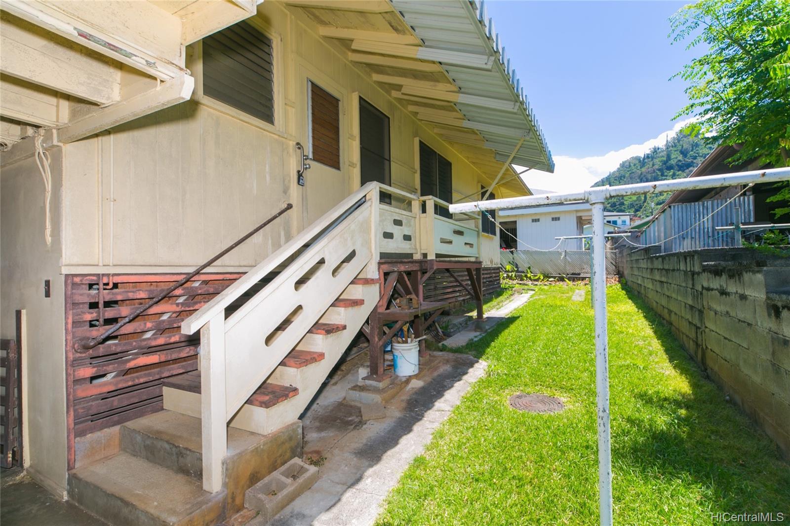 2537  Ahekolo Street Pauoa Valley, Honolulu home - photo 4 of 21