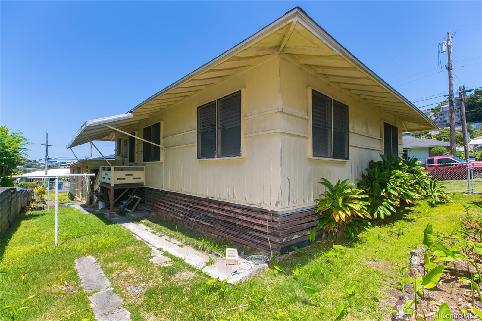 2537  Ahekolo Street Pauoa Valley, Honolulu home - photo 6 of 21