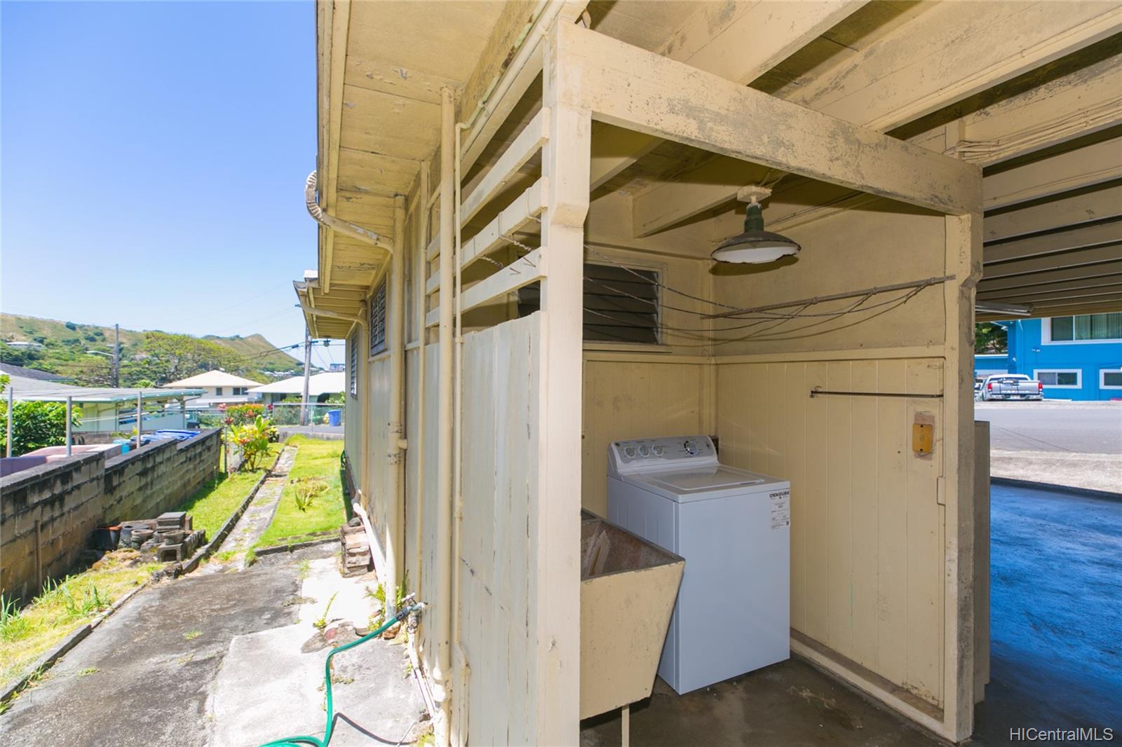2537  Ahekolo Street Pauoa Valley, Honolulu home - photo 10 of 21