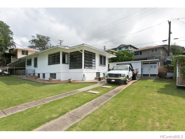 2539 Kalihi St Kalihi Uka, Honolulu home - photo 1 of 11
