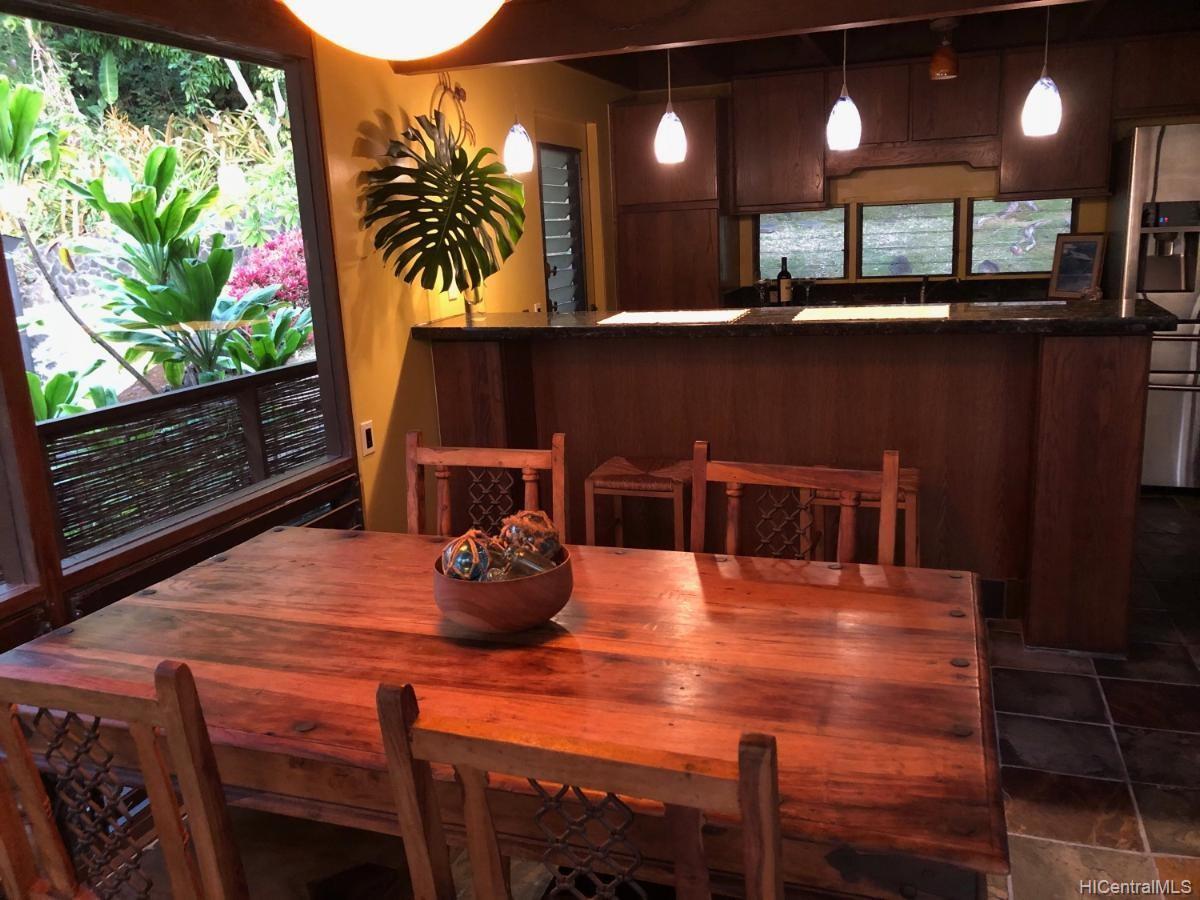 2549  Makaulii Place Palolo, Diamond Head home - photo 8 of 25