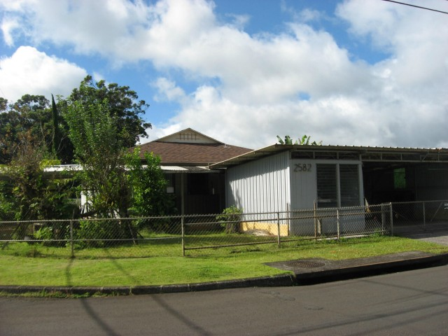2582  California Ave Wahiawa Heights, Central home - photo 1 of 20
