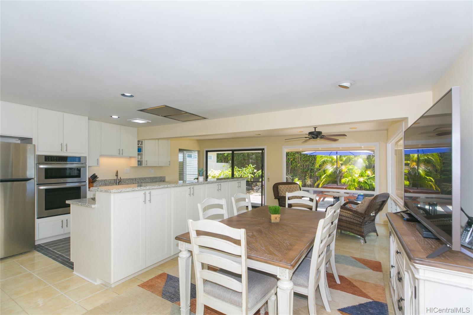 262  Panio Street Niu Valley, Diamond Head home - photo 12 of 25
