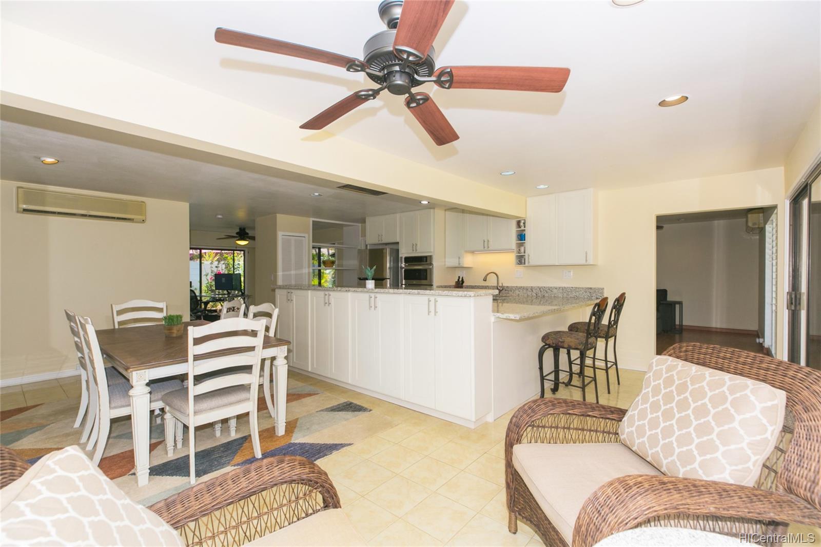 262  Panio Street Niu Valley, Diamond Head home - photo 13 of 25