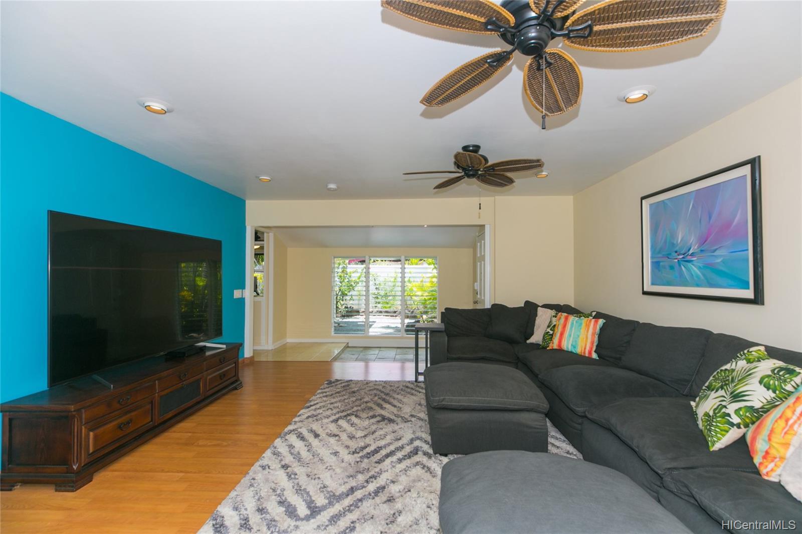 262  Panio Street Niu Valley, Diamond Head home - photo 10 of 25