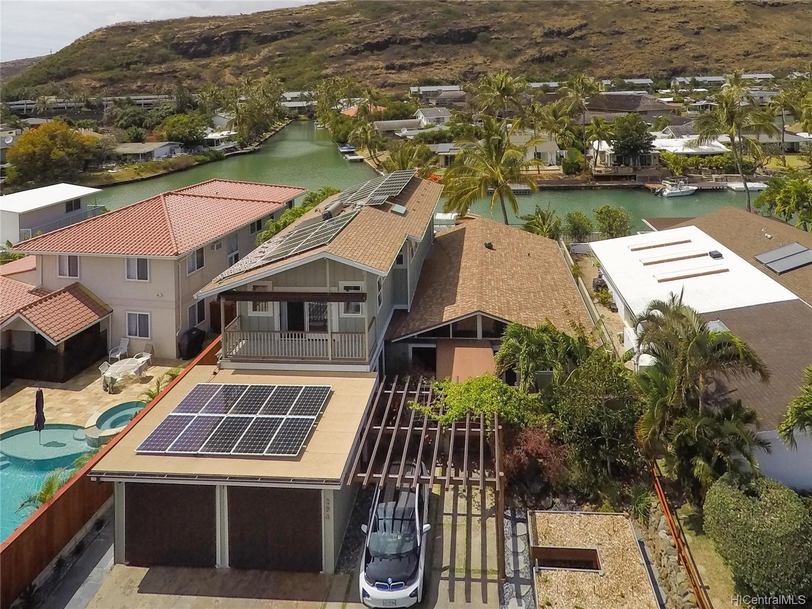 264  Hakalau Place West Marina, Hawaii Kai home - photo 4 of 25