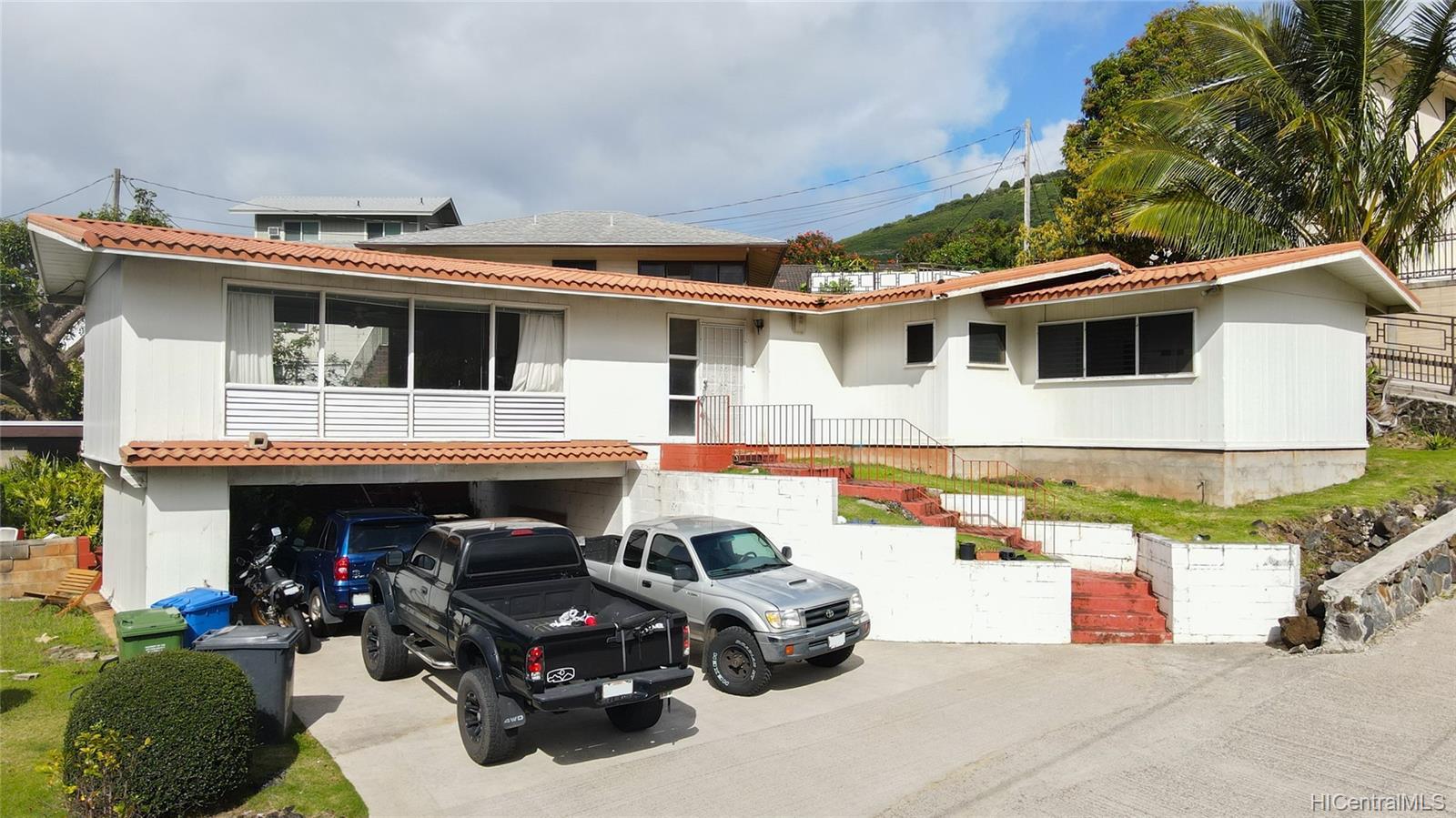 2666  Manoa Road Manoa Area, Honolulu home - photo 1 of 11
