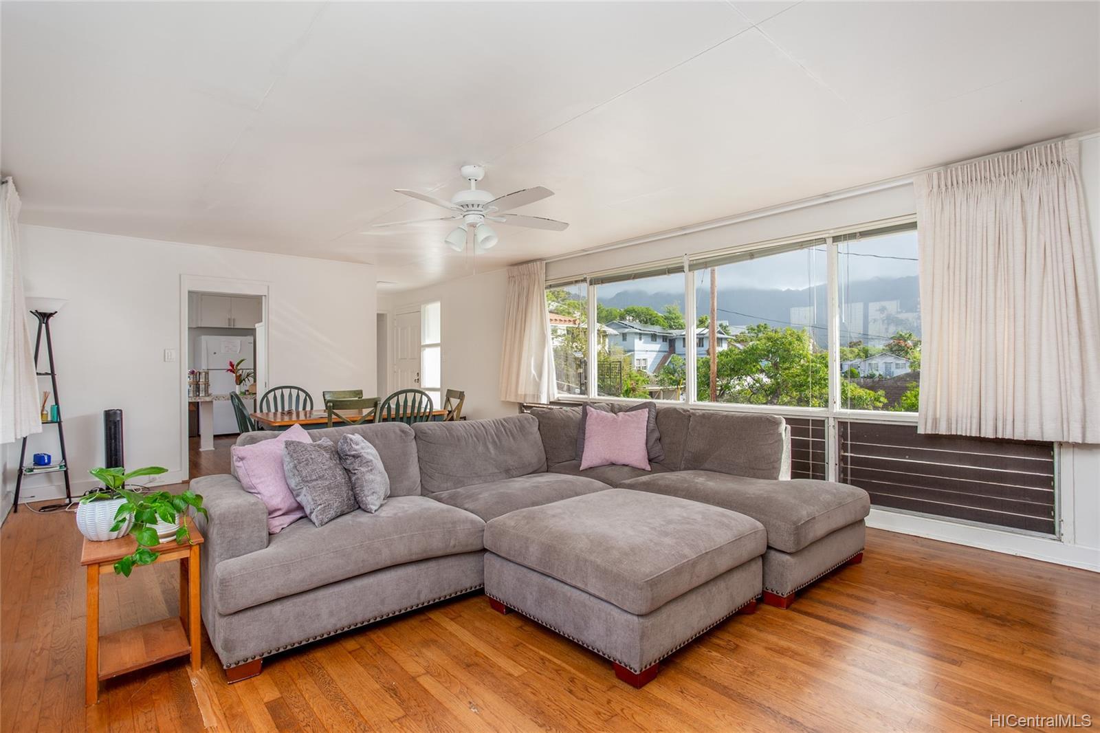 2666  Manoa Road Manoa Area, Honolulu home - photo 6 of 11
