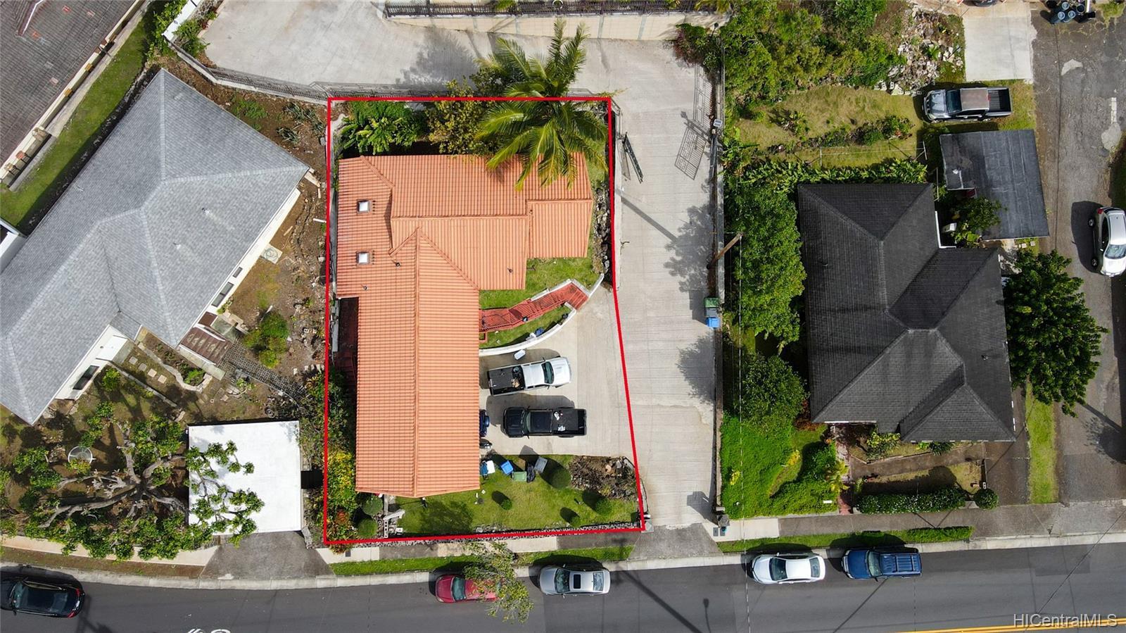 2666  Manoa Road Manoa Area, Honolulu home - photo 8 of 11
