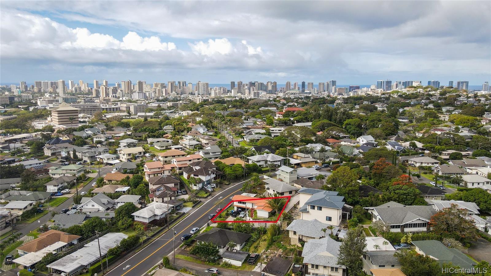 2666  Manoa Road Manoa Area, Honolulu home - photo 10 of 11