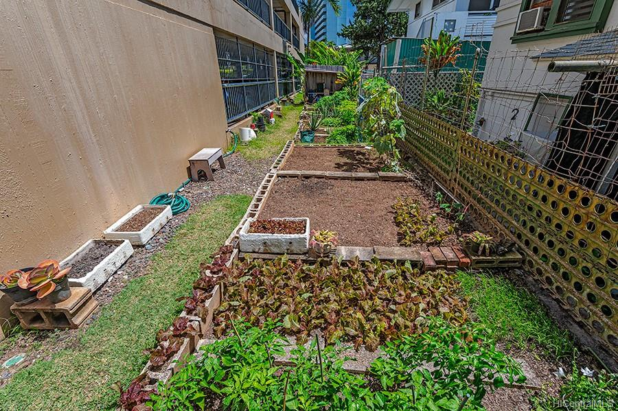 Parkland Gardens condo # 1203, Honolulu, Hawaii - photo 20 of 24