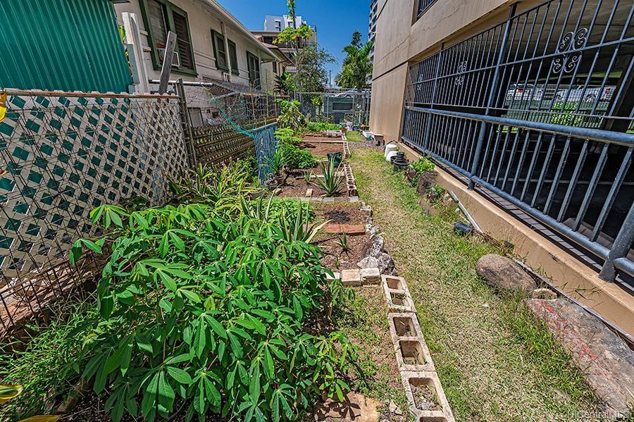 Parkland Gardens condo # 1203, Honolulu, Hawaii - photo 21 of 24