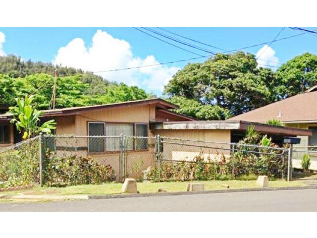2715  Kamanaiki St Kalihi Uka, Honolulu home - photo 1 of 25