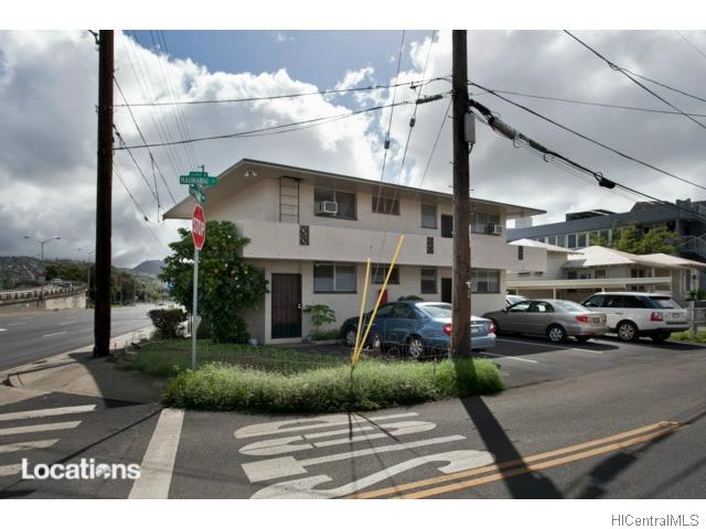 2715 Kapiolani Blvd Honolulu - Multi-family - photo 1 of 17