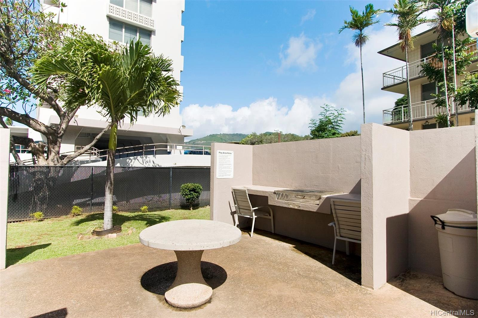 Kings Gate condo # 606, Honolulu, Hawaii - photo 21 of 23