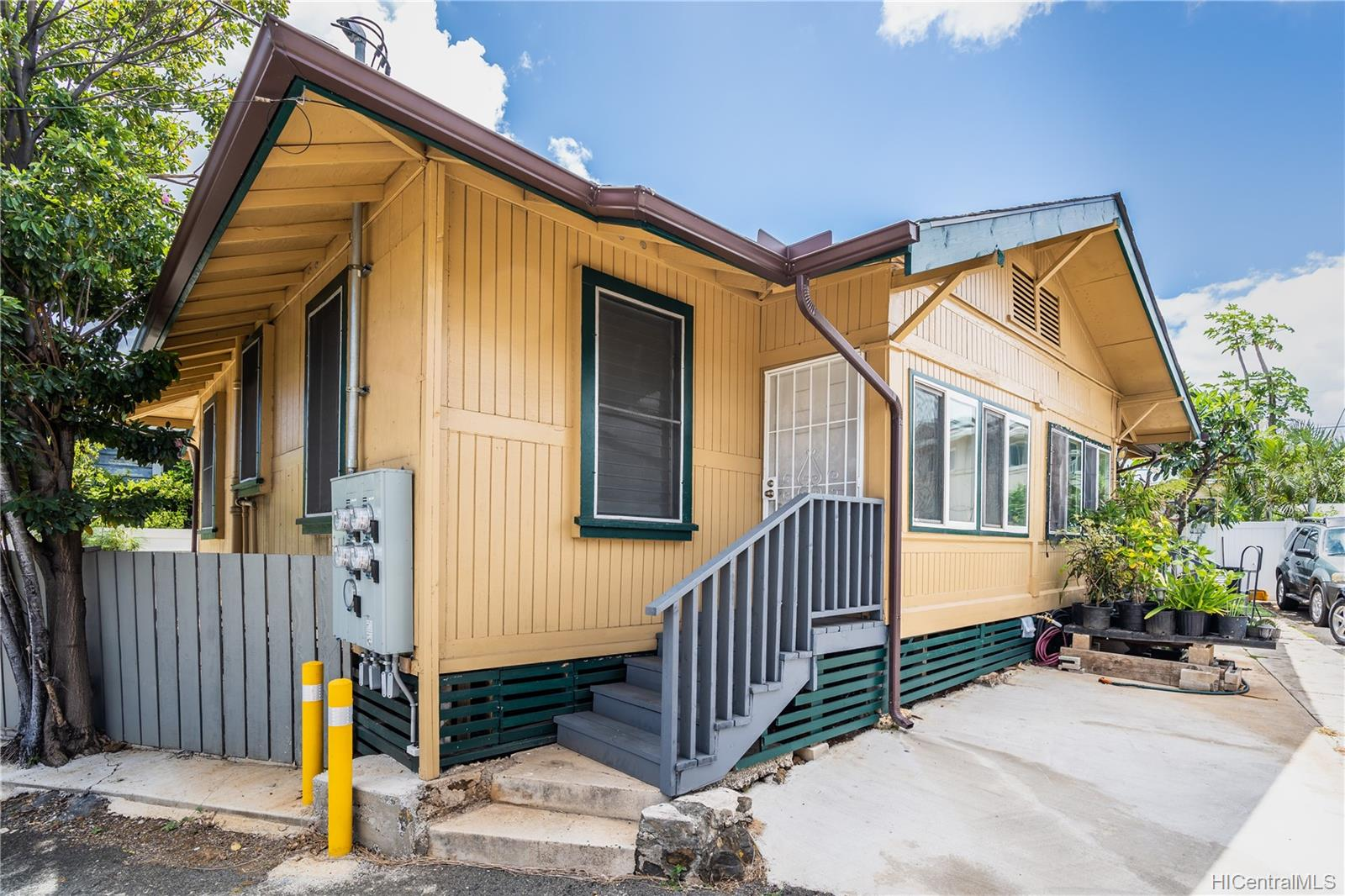 2816 Waialae Ave Honolulu - Multi-family - photo 16 of 21