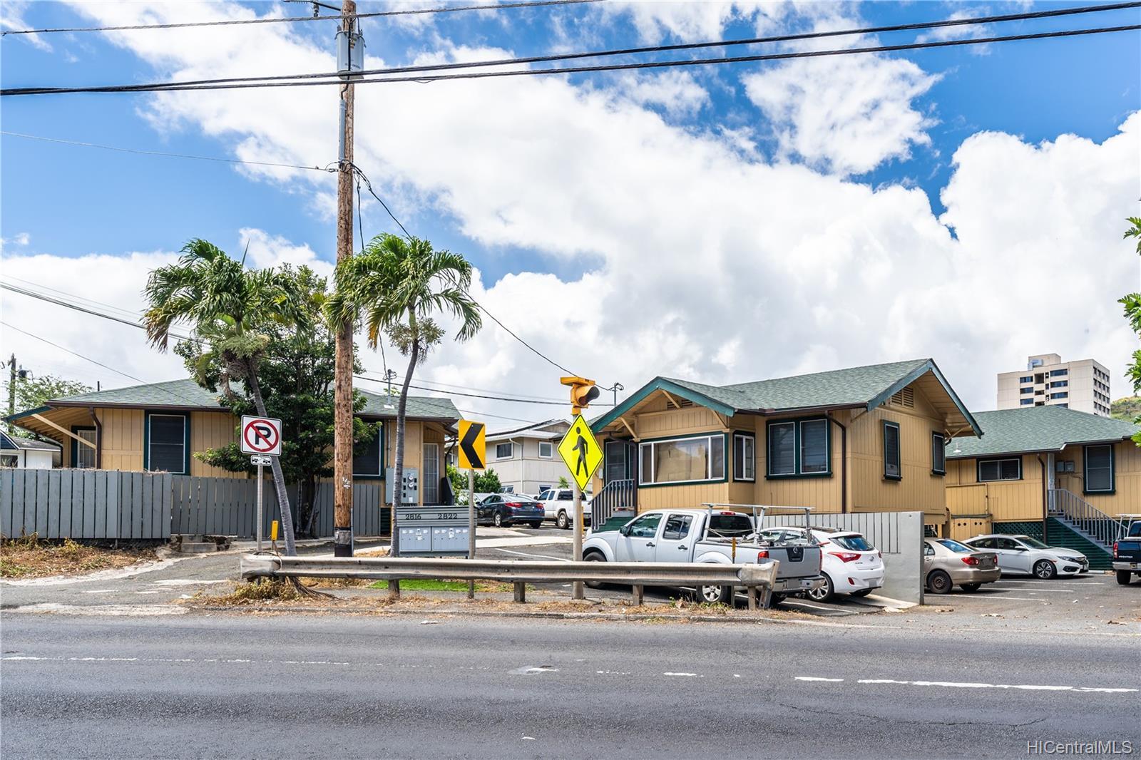 2816 Waialae Ave Honolulu - Multi-family - photo 19 of 21