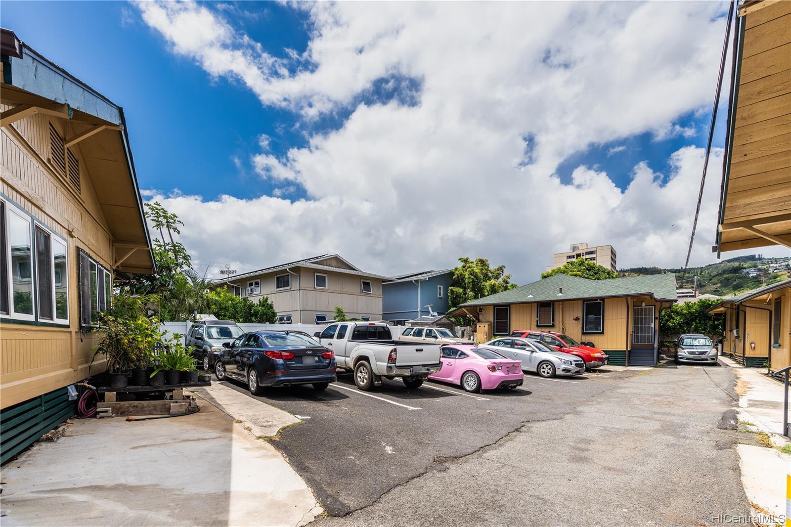 2816 Waialae Ave Honolulu - Multi-family - photo 21 of 21