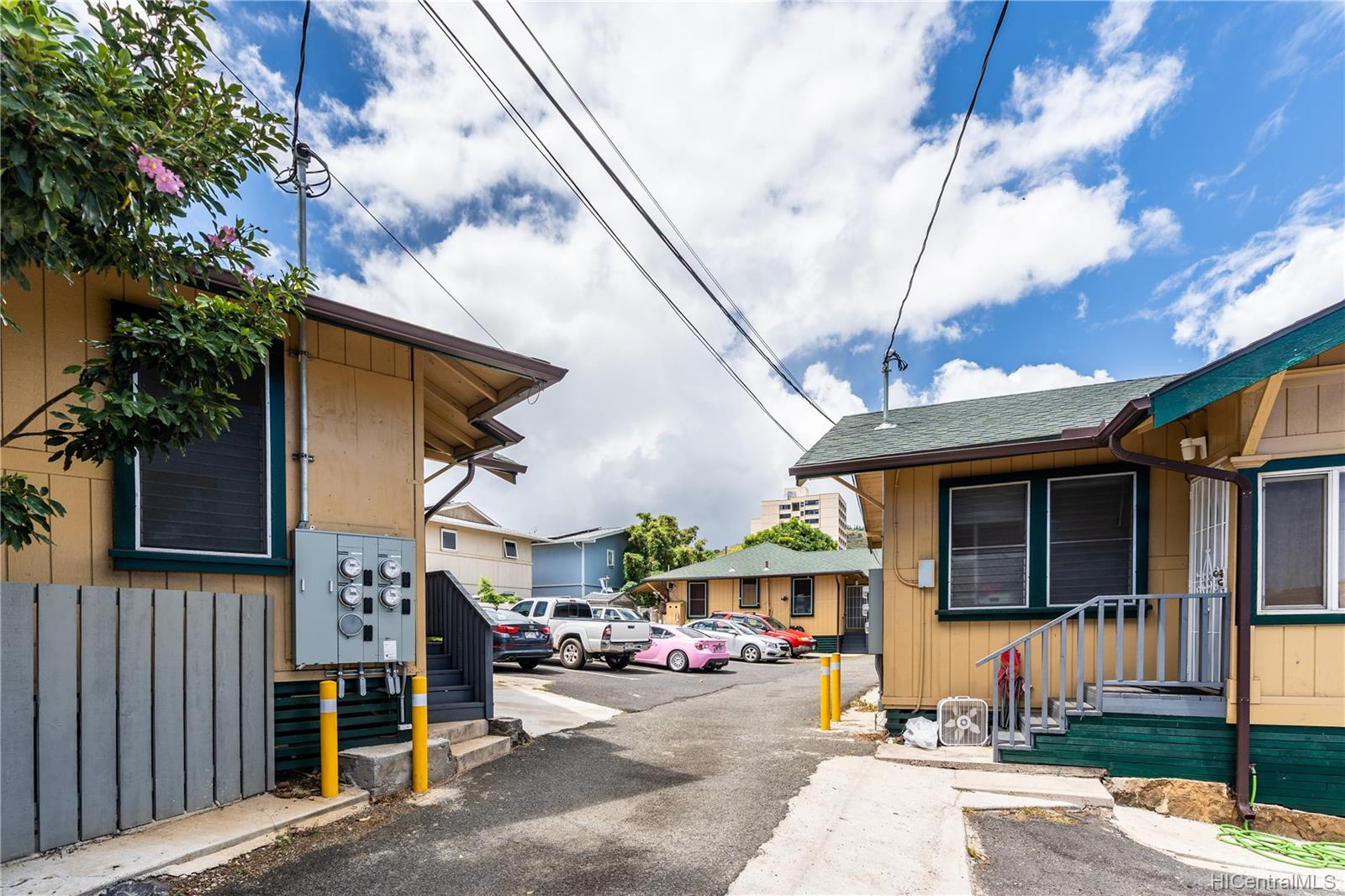 2816 Waialae Ave Honolulu - Multi-family - photo 8 of 21