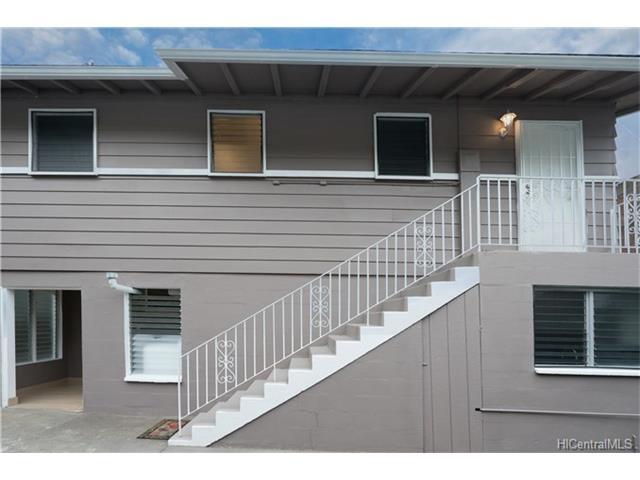 2828 Kalihi St Kalihi Valley, Honolulu home - photo 1 of 15