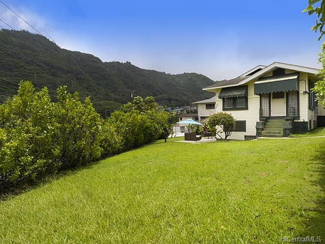 2858 Kalihi St Kalihi Valley, Honolulu home - photo 1 of 8