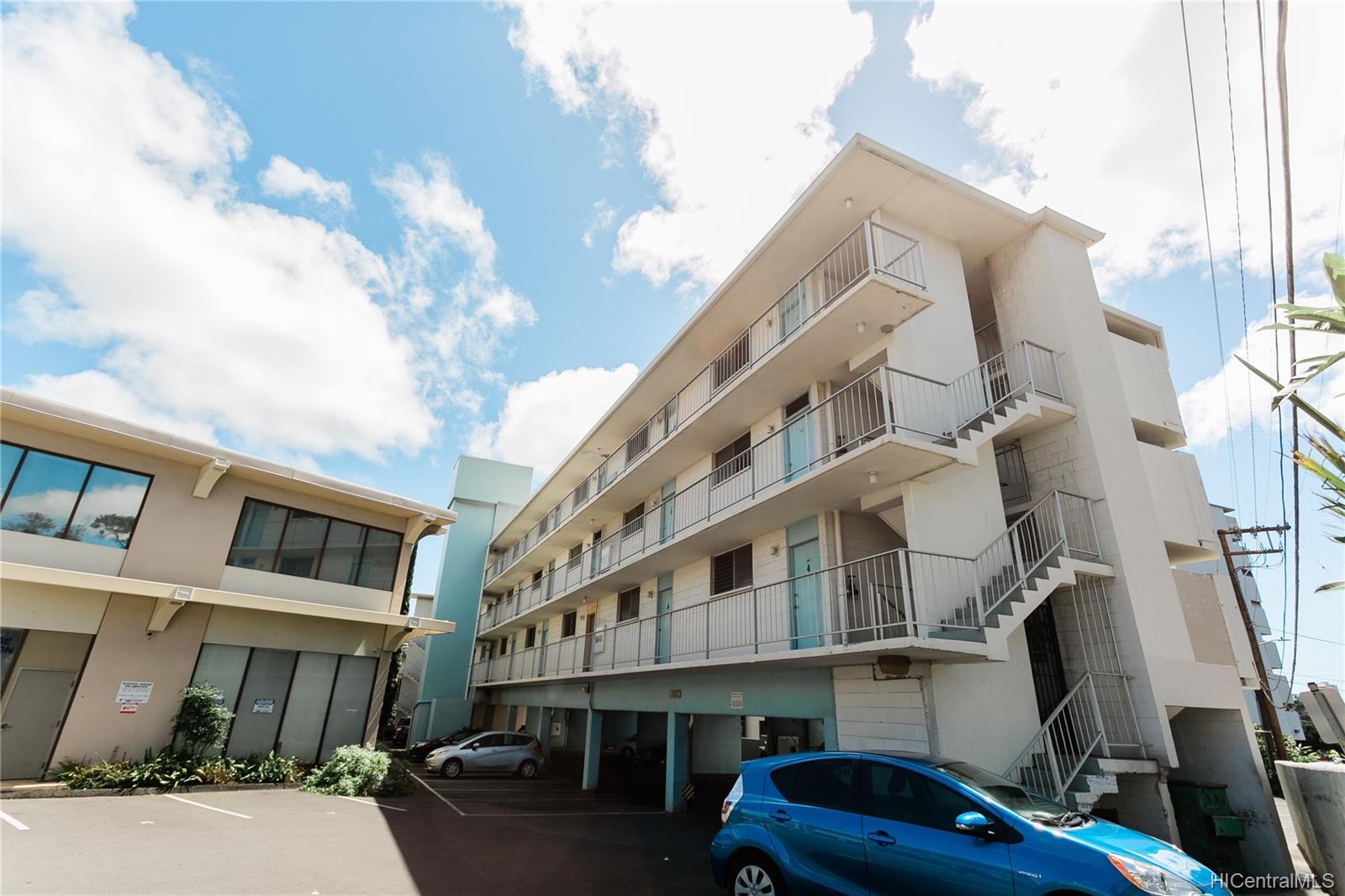 Rainbow Terrace condo # 302, Honolulu, Hawaii - photo 19 of 20