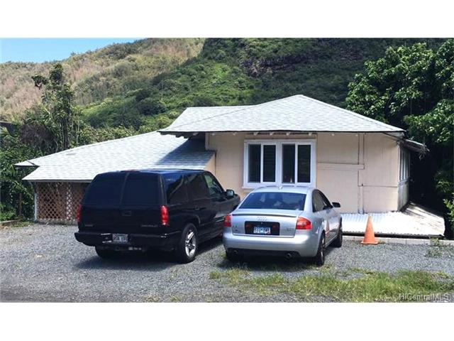 2896 Kalihi St Kalihi Valley, Honolulu home - photo 1 of 9
