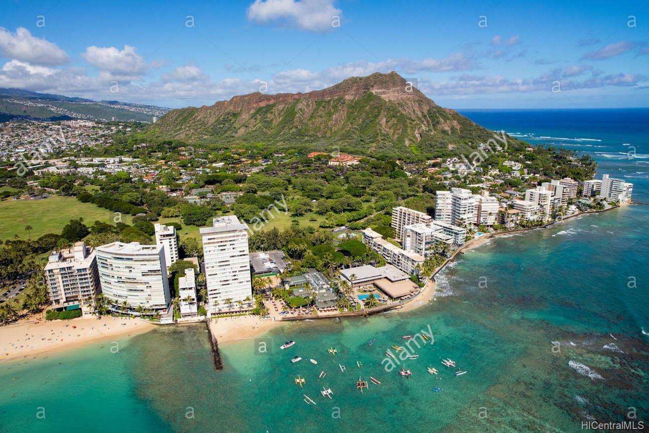Castle Surf Apts condo # 27, Honolulu, Hawaii - photo 2 of 8