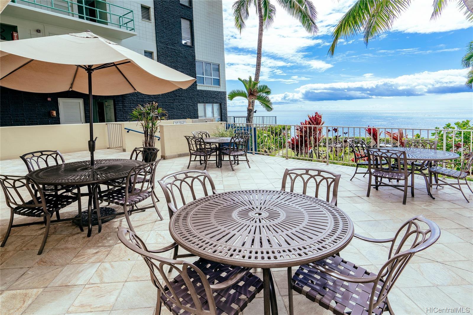 Diamond Head Bch Hotel condo # 705, Honolulu, Hawaii - photo 16 of 21