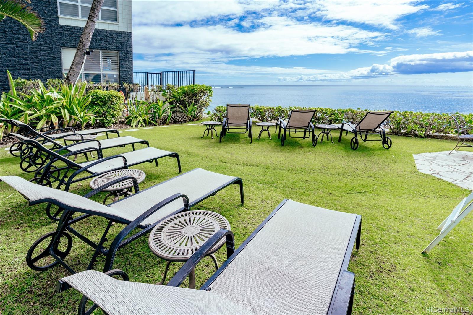Diamond Head Bch Hotel condo # 705, Honolulu, Hawaii - photo 17 of 21