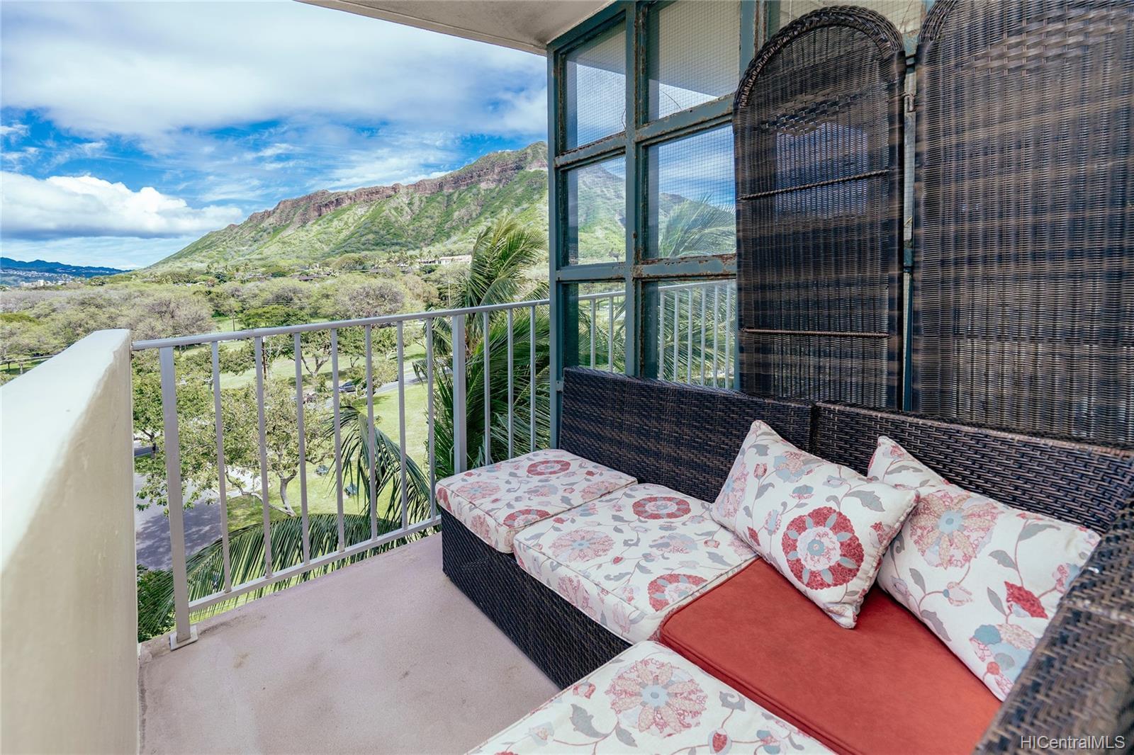 Diamond Head Bch Hotel condo # 705, Honolulu, Hawaii - photo 8 of 21