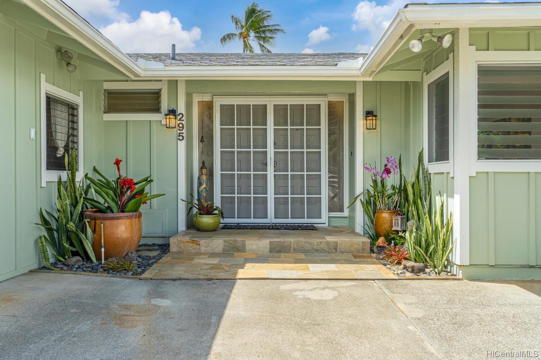 295  Auwinala Road Kailua Estates, Kailua home - photo 2 of 25