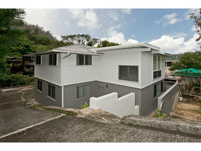2951  Numana Rd Kalihi Valley, Honolulu home - photo 1 of 10