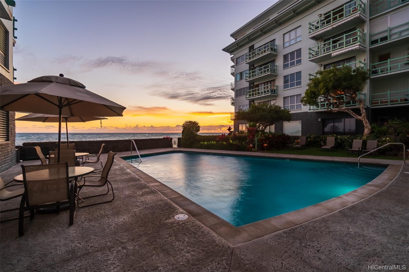 Diamond Head Ambassador B condo # 607, Honolulu, Hawaii - photo 15 of 25