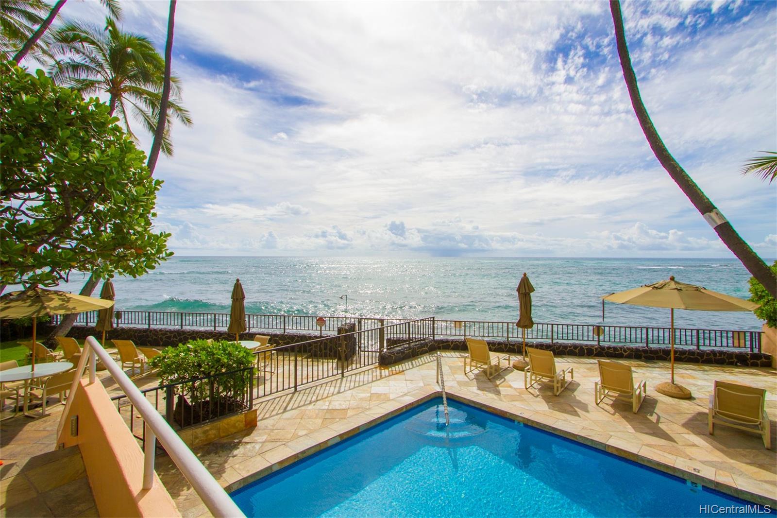 Coral Strand Ltd condo # 207, Honolulu, Hawaii - photo 7 of 22