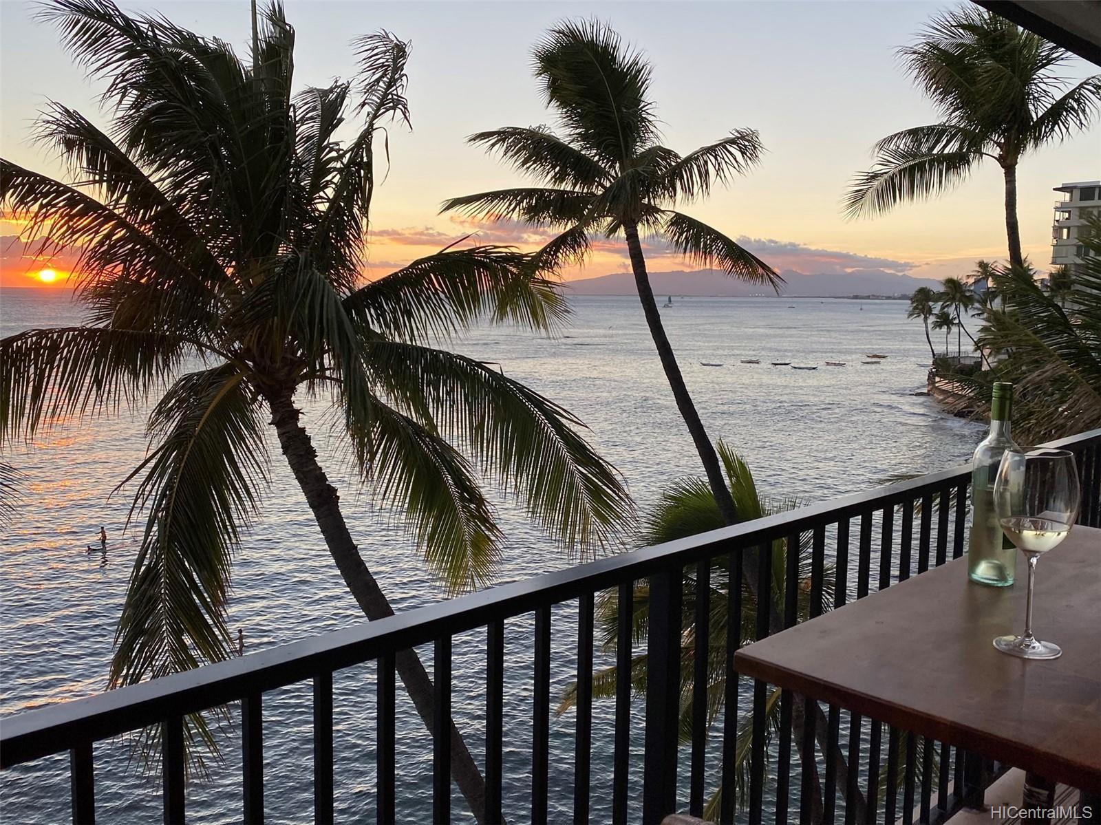2987 Kalakaua condo # 705, Honolulu, Hawaii - photo 2 of 22